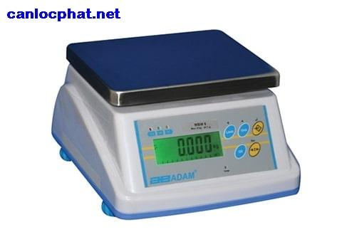 Hình cân điện tử 3kg adam