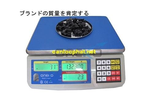 Hình cân điện tử 5kg oneko